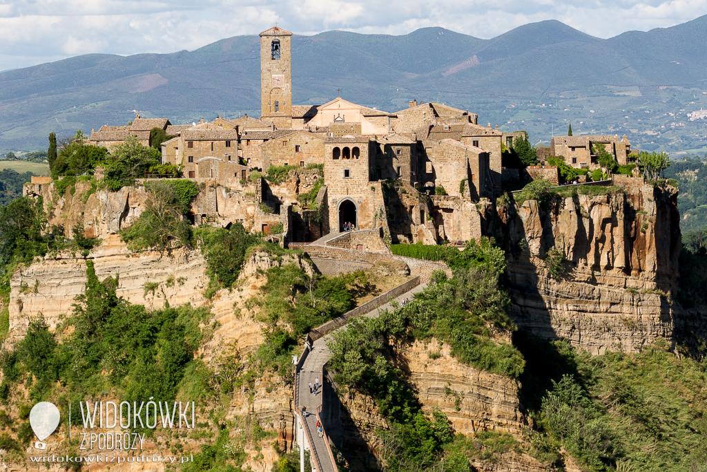 Miasta na skałach, czyli Bagnoregio i Pitigliano