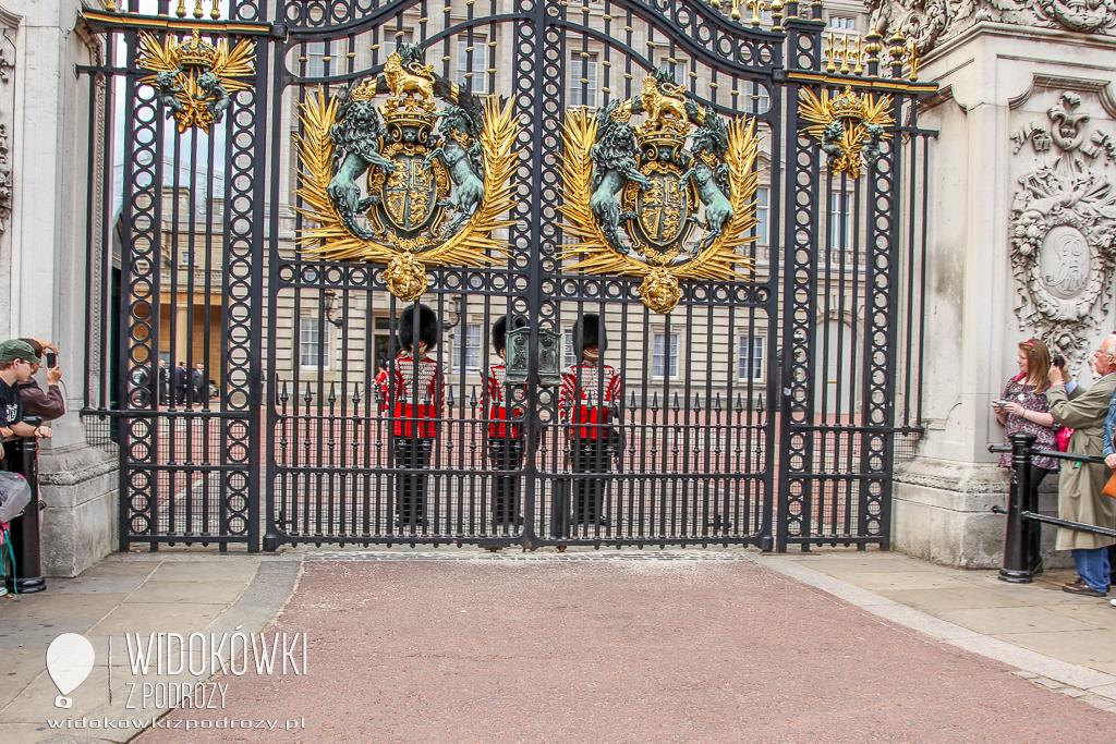 Londyn – w służbie Jej Królewskiej Mości