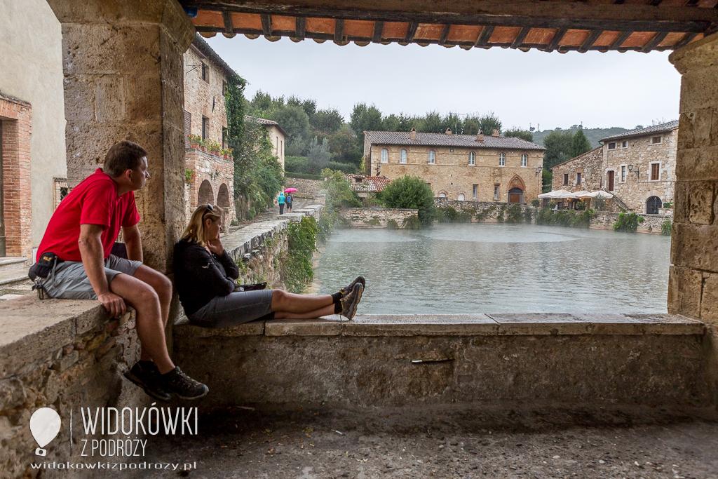 Spa na sposób włoski, czyli pławimy się w Bagno Vignoni w Toskanii