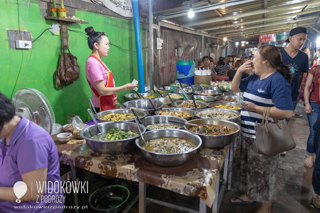 Co dziś na kolację, czyli Nocny Targ w Luang Prabang
