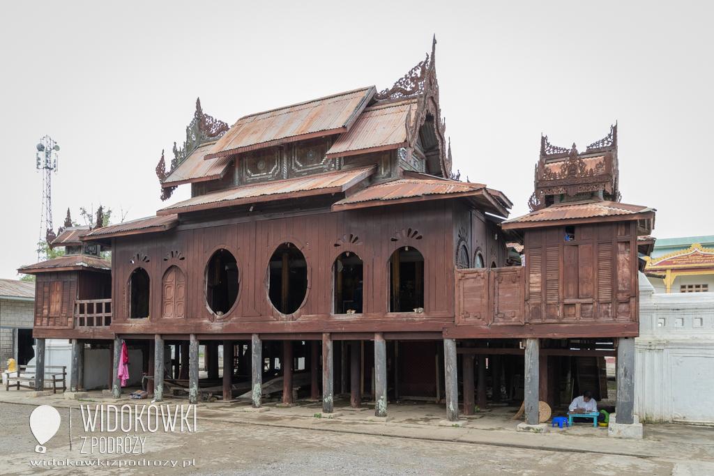 Owalne okna, szklana mozaika i tysiące posążków, czyli Klasztor Shwe Yan Pyay
